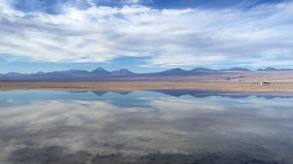 Les eaux mirroir du Salar d'Atacama